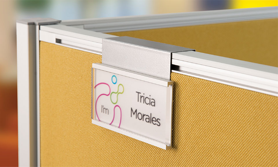 The Lucid paltform includes minimalist workstation nameplate signage. Direct print technology brings on-brand graphics to the replaceable insert. Mount to any workstation with Lucid's universal moutnting options.
