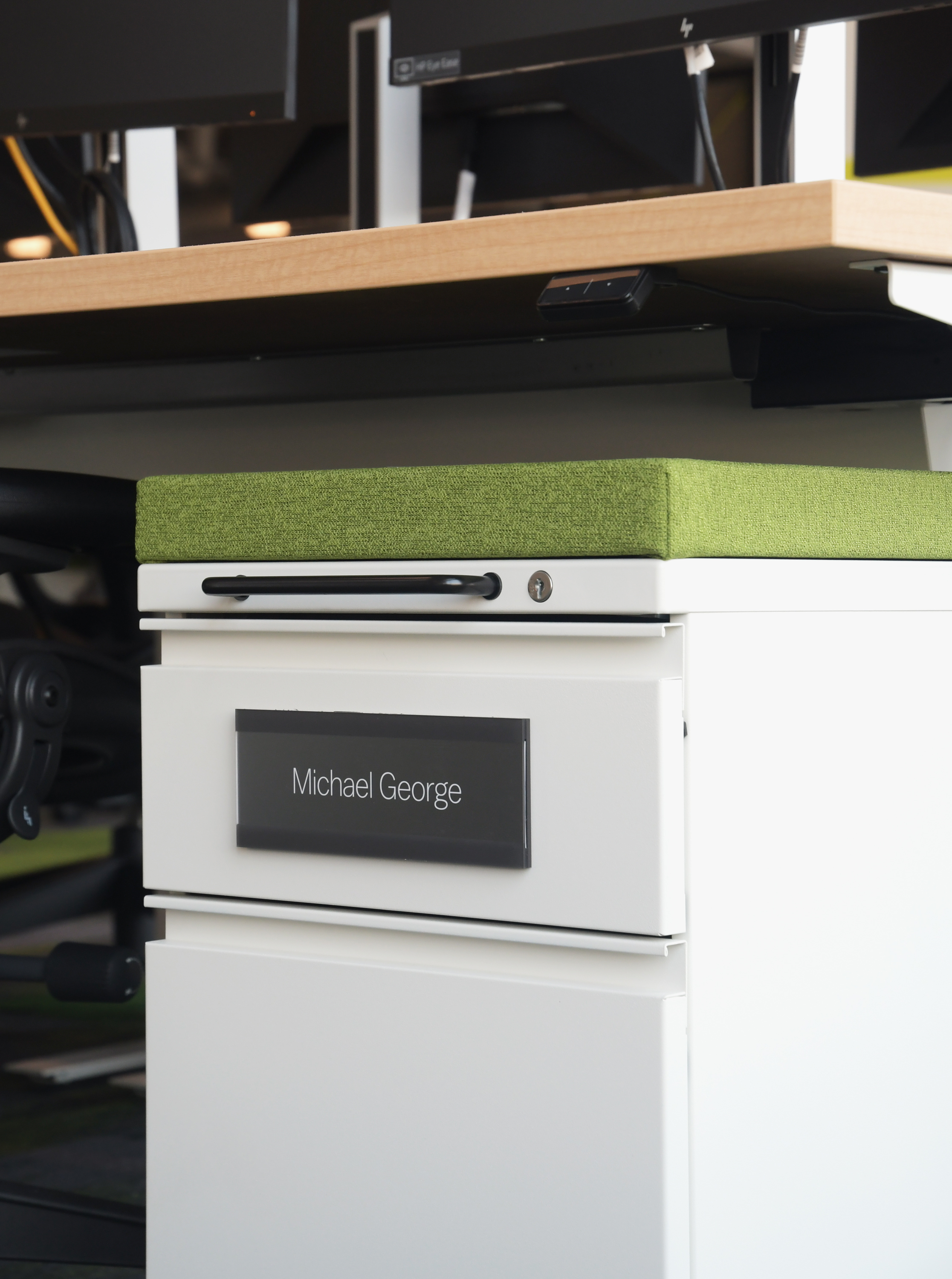 Photo of portable magnetic workstation ID