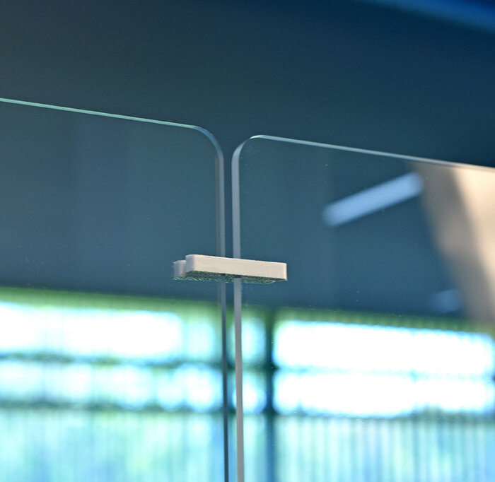 Detail photo of acrylic partition