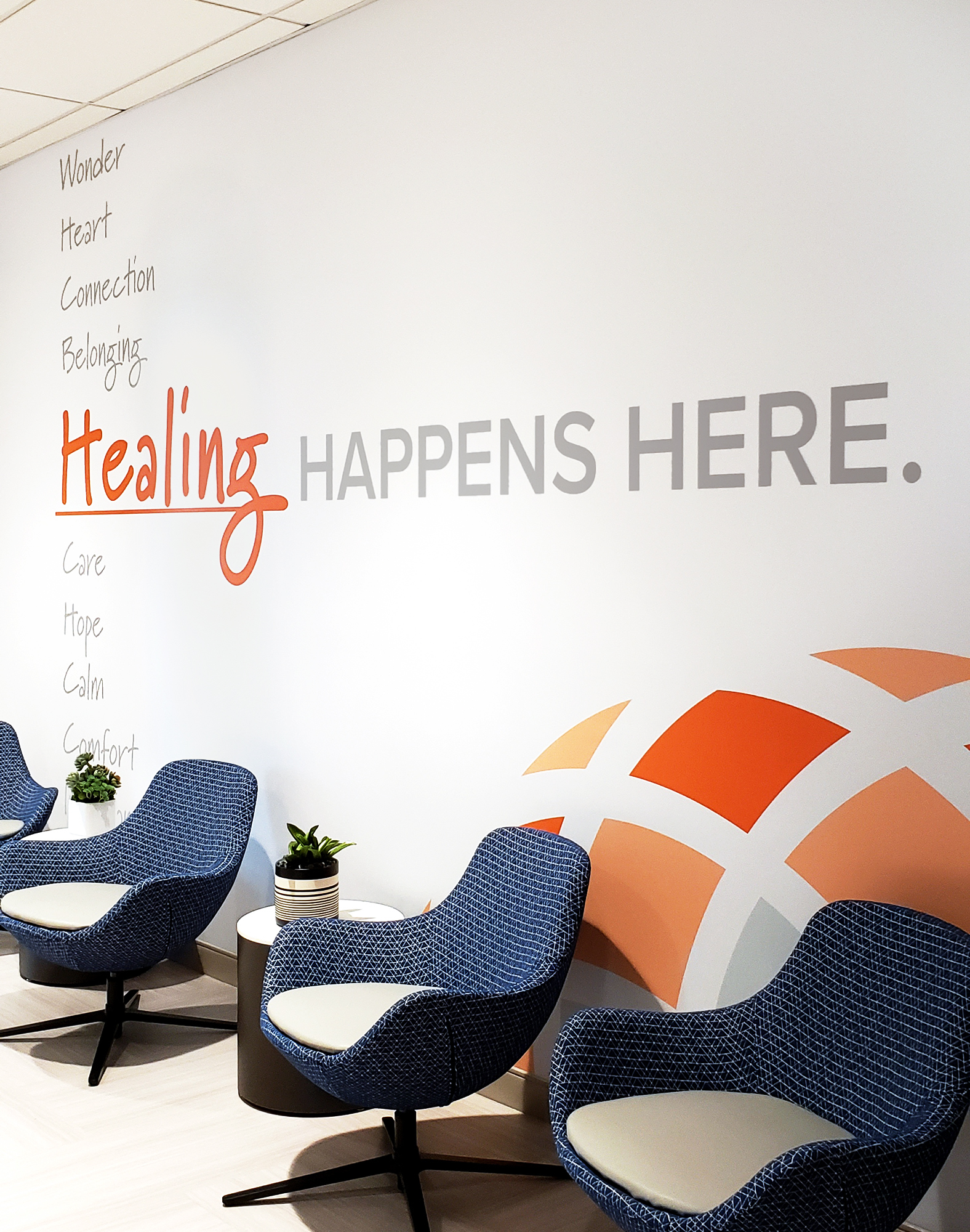 Amplify wall covering